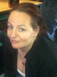 Interview Jeannie Davide-Rivera Author of a Book About Growing Up With Undiagnosed Autism
